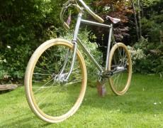 Vintage style handbuilt bike